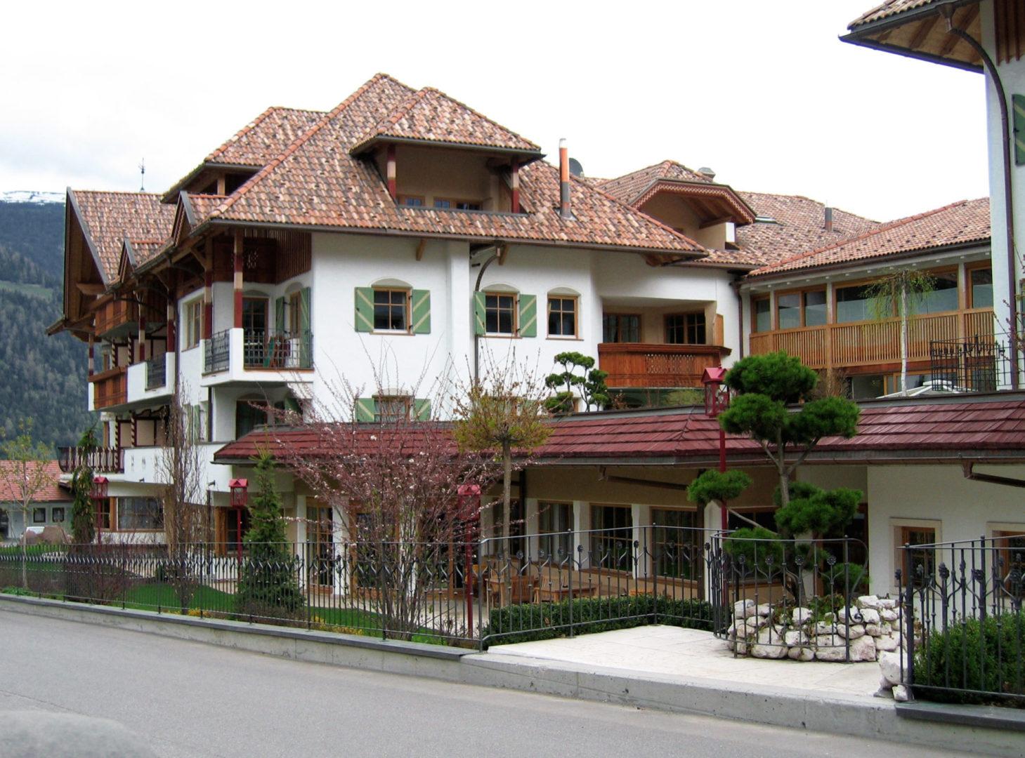 Referenzen Hotel Mirab. scaled